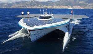 تصاویر آغاز سفر طولانی بزرگترین قایق خورشیدی دنیا