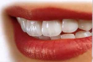 ۷ توصیه غذایی برای داشتن دندان های سالم