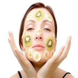 طریقه استفاده از میوه برای آرایش نمودن پوست