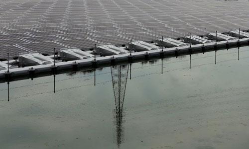 ساخت بزرگترین مزرعه انرژی خورشیدی شناور در ژاپن