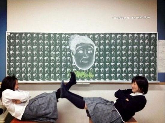 نقاشی روی تخته سیاه مدرسه +عکس