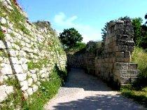 ديوار باقيمانده از شهر باستاني «تروا»