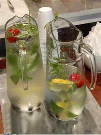تزئین یخ برای نوشیدنی ها و پارچ آب