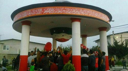 عکس: جشن پرسپولیسی ها سر مزار هادی