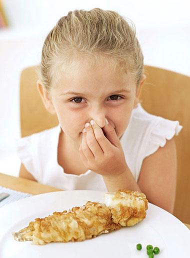 راهکارهایی برای اینکه سرمیز غذا کمتر با کودکتان کلنجار بروید