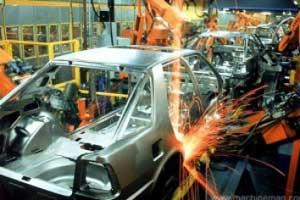 آقای وزیر! چرا خودروسازان سود 38 درصدی ازمردم می گیرند؟