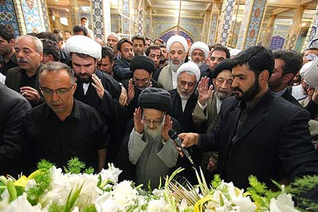 حسن روحانی, تشییع پیکر آیت الله طاهری اصفهانی