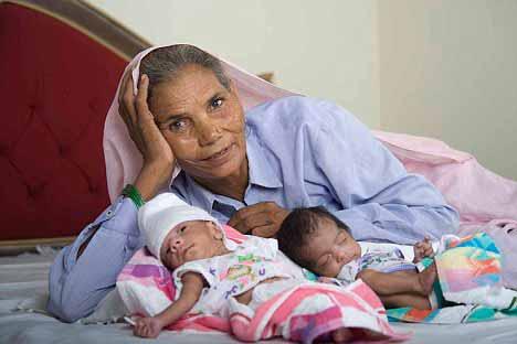 ,عجیب ترین مادران دنیا ,تصاویر عجیب ترین مادران دنیا ,عکسهای عجیب ترین مادران دنیا