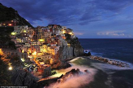 اخبار,اخبار فرهنگی,روشنایی شب در شهرهای مختلف,دهکده ساحلی مانارولا در ایتالیا