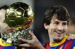 مسی انتخاب خود به عنوان مرد سال فوتبال جهان را با سه گل جشن گرفت