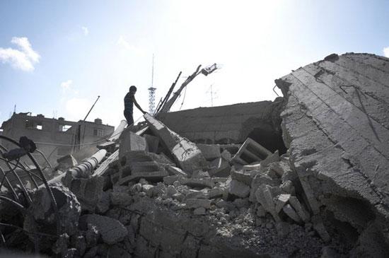 ویرانی خانه ها در غزه (عکس)